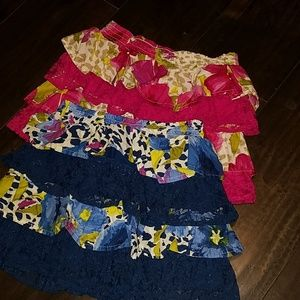 Bundle of 2 children's place skirts